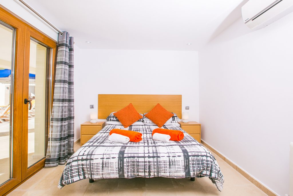 Portichol Double Bedroom